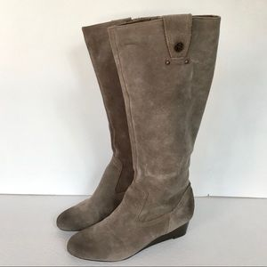 Libby Edelman grey taupe leather boots- 8.5